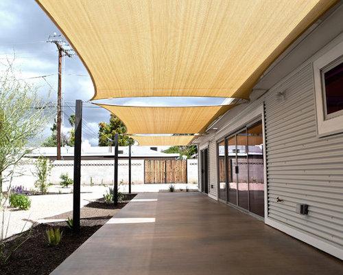 Example Of An Urban Backyard Patio Design In Phoenix