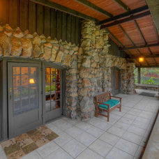 Craftsman Porch by Mark Miller / Luxe Platinum Properties