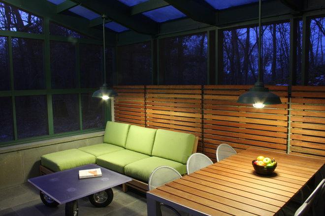 Modern Porch by Studio One-Off Architecture & Design