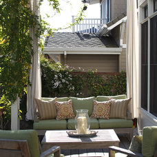 Traditional Porch by Artistic Designs for Living, Tineke Triggs