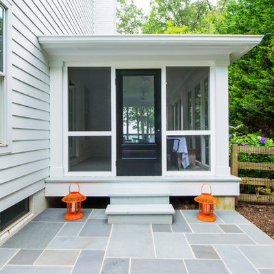 Inspiration for a timeless porch remodel in Baltimore with a roof extension