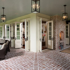 traditional porch by Thomas Thaddeus Truett Architect