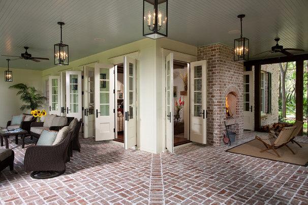 Traditional Porch by Thomas Thaddeus Truett Architect