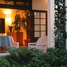 Tropical Porch by MCM Design