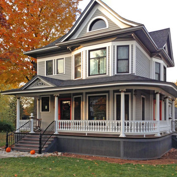 Victorian Porch with Curved Railing in Frankfort, IL