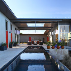 Modern Porch by Foursquare Builders