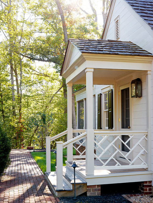 Side entry home design ideas renovations photos for Side entrance house plans