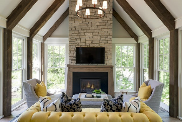Traditional Porch by City Homes, LLC