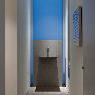 Новые идеи обустройства дома: туалет в стиле модернизм с плиткой из известняка