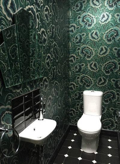 Eklektisk Toalett by Kylie Sargent