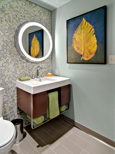 Midcentury Powder Room by David Heide Design Studio