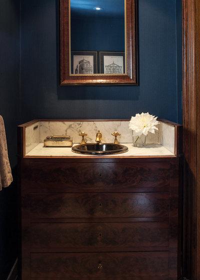 Klassisk Toalett by Casey Design/Planning Group Inc.