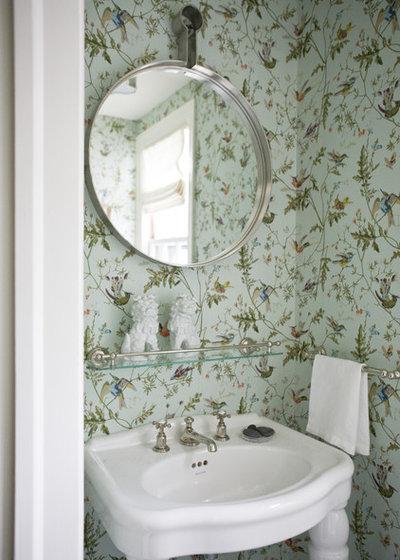 Klassisk Toalett by Marika Meyer Interiors, LLC