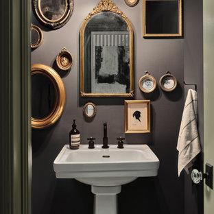 Idéer för eklektiska toaletter, med grå väggar och ett piedestal handfat