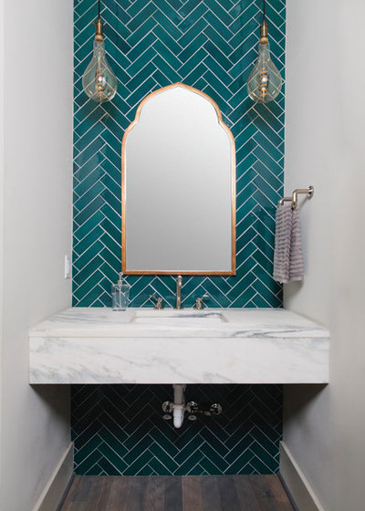 Modern Gästetoilette by Set To Sell, LLC