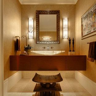 Diseño de aseo clásico renovado con lavabo sobreencimera
