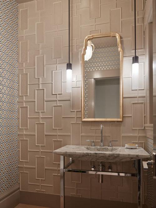 photos et id es d co de wc et toilettes avec un carrelage beige et un mur multicolore. Black Bedroom Furniture Sets. Home Design Ideas