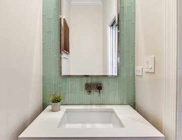 Compact Bathroom Design in Andersonville