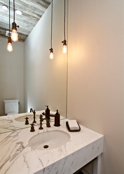 Country Cloakroom by KCS Residential Design