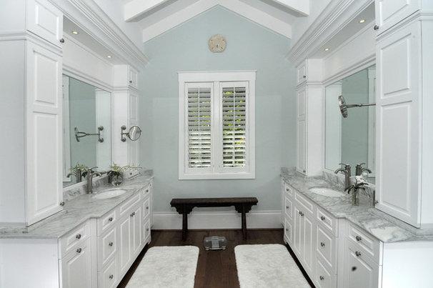 Traditional Powder Room by Design Studio by Raymond