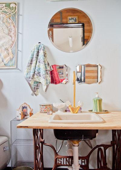 Eklektisch Gästetoilette By Sarah Natsumi Moore