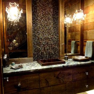 Ispirazione per un bagno di servizio stile rurale con ante lisce, ante in legno bruno, piastrelle multicolore e piastrelle a mosaico