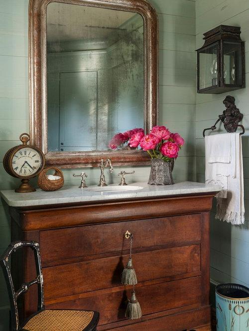 Farmhouse Powder Room Design Ideas, Remodels & Photos