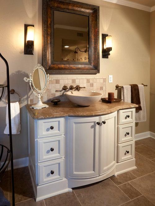 g stetoilette g ste wc mit waschtisch aus marmor und braunen fliesen ideen f r g stebad und. Black Bedroom Furniture Sets. Home Design Ideas