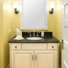 traditional powder room by DAVIDSON HOMES
