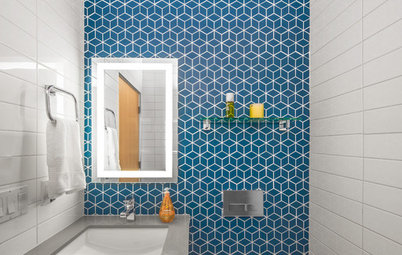 New This Week: 3 Powder Rooms With Smile-Inducing Walls