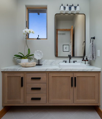 Transitional Powder Room by TG Image | Architectural Photography