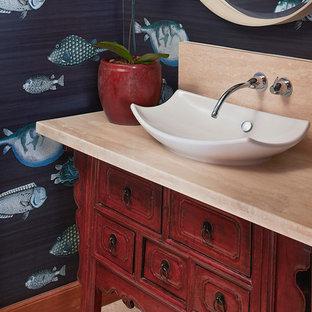 Inredning av ett klassiskt toalett
