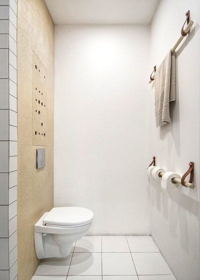 Scandinavian Cloakroom by INT2architecture