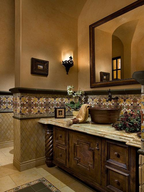 g stetoilette g ste wc mit beigefarbenen fliesen. Black Bedroom Furniture Sets. Home Design Ideas