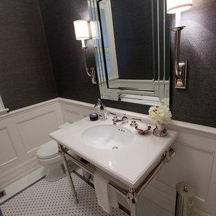 Mittelgroße Moderne Gästetoilette mit grauer Wandfarbe, Porzellan-Bodenfliesen, Unterbauwaschbecken, Quarzwerkstein-Waschtisch und buntem Boden in Toronto