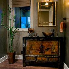 Traditional Powder Room by Kaufman Homes, Inc.