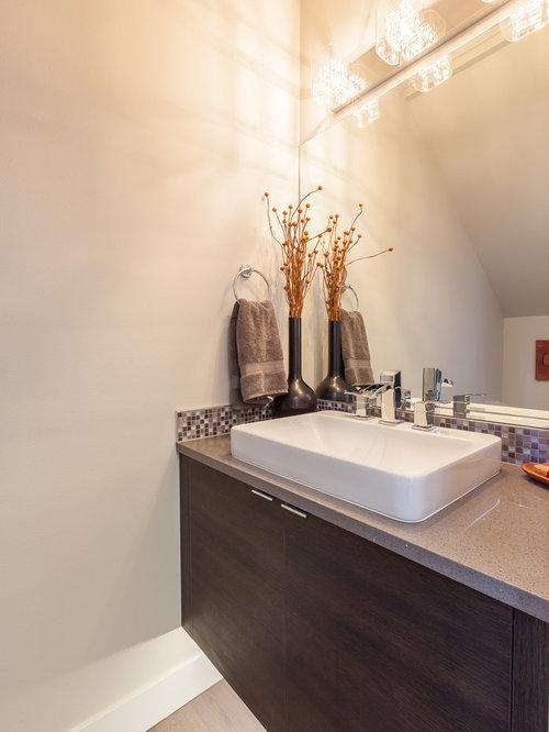 g stetoilette g ste wc mit vinylboden und wei en w nden. Black Bedroom Furniture Sets. Home Design Ideas