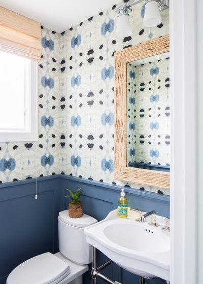 Bord de Mer Toilettes by Brooke Wagner Design