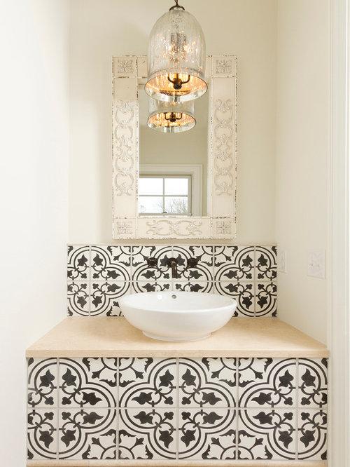 Photos et id es d co de wc et toilettes avec un carrelage noir et blanc for Deco tegel wc