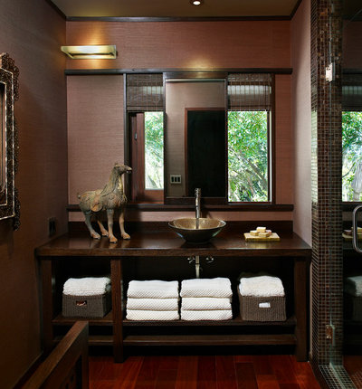 Contemporary Cloakroom by Cippananda Interior Design