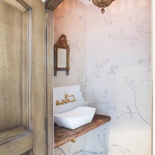 Inspiration pour un WC et toilettes méditerranéen.