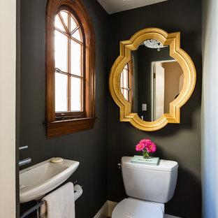 Свежая идея для дизайна: туалет в современном стиле с подвесной раковиной - отличное фото интерьера