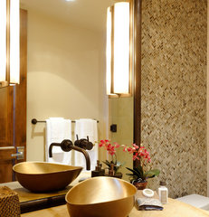 eclectic powder room by David Johnston Architects