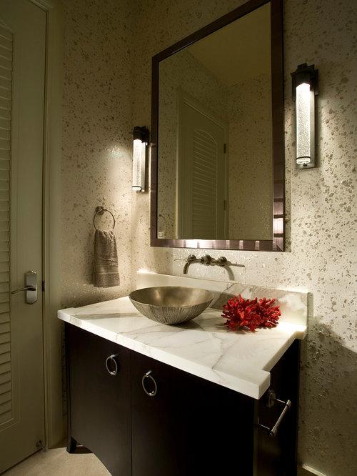photos et id es d co de wc et toilettes modernes avec un placard en trompe l 39 oeil. Black Bedroom Furniture Sets. Home Design Ideas