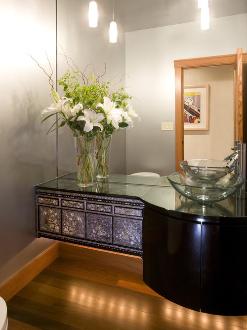 Example Of A Trendy Powder Room Design In San Francisco With A Vessel Sink