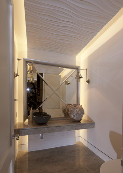 Modern Powder Room by David De La Garza / ZURDODGS