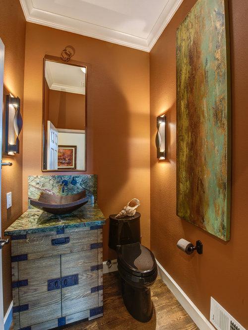 klassische g stetoilette g ste wc mit orangefarbenen. Black Bedroom Furniture Sets. Home Design Ideas