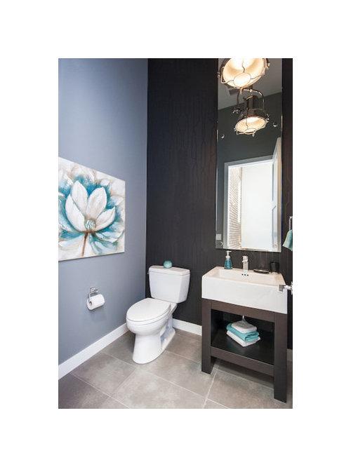 Photos et id es d co de wc et toilettes modernes avec un for Trompe l oeil porte placard