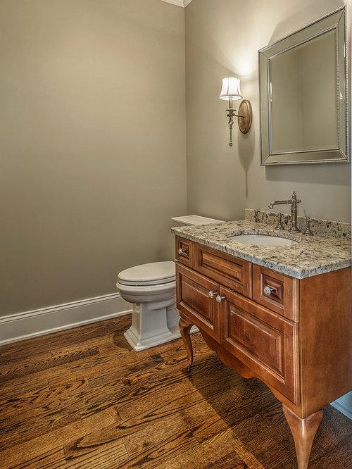klassische g stetoilette g ste wc mit porzellanfliesen. Black Bedroom Furniture Sets. Home Design Ideas