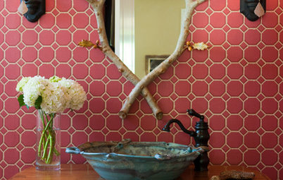 10 Jewel-Box Powder Rooms